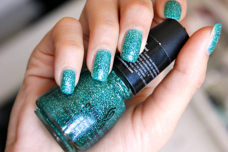 china-glaze-atlantis-02